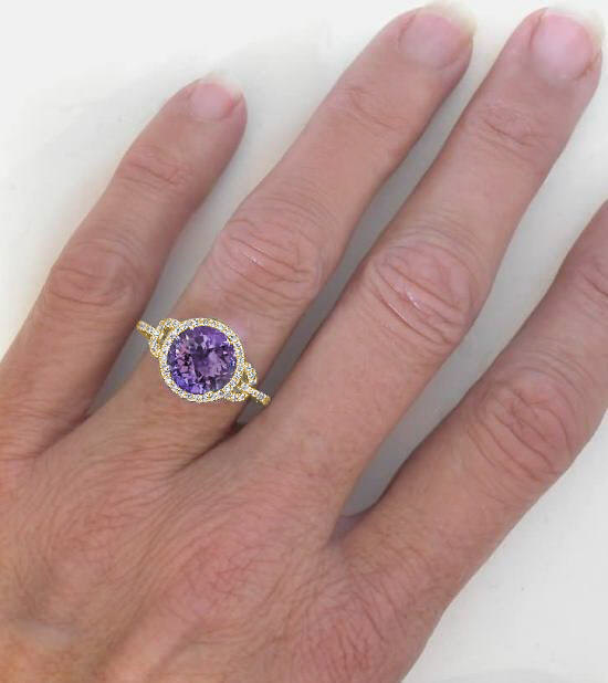 Round Amethyst And Diamond Ring In 14k Yellow Gold Diamond