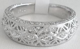 Antique Floral Filigree 0.29 ctw Diamond Anniversary Band in 18k white gold