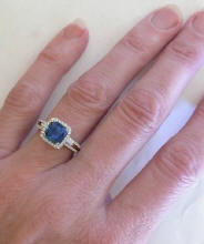 Fine Quality Ceylon Sapphire Engagement Rings
