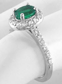 Emerald and Diamond Ring in Oval Shape