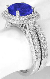Tanzanite Engagement Ring with Matching Wedding Band