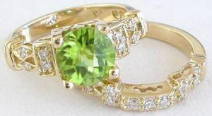 Peridot and Diamond Engagement Ring in 14k yellow gold