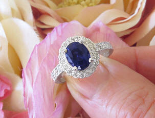 Fine Cornflower Blue Natural Sapphire and Real Diamond Engagement Ring in Solid Platinum