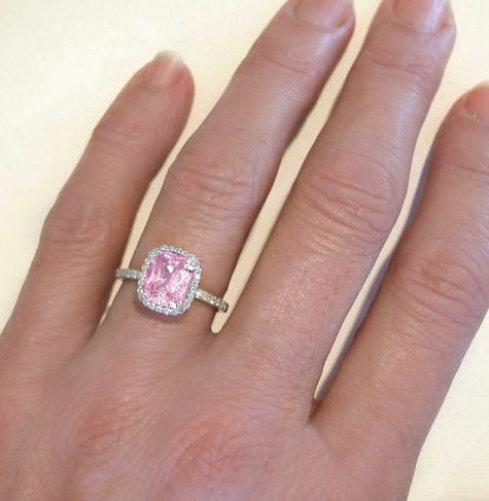 gr5899-pink-sapphire-rings-gold.jpg