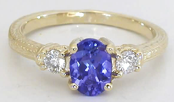 Tanzanite and Diamond Ring in 14k yellow gold with Engraving GR 7080