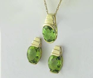 Peridot Earrings and Pendant in 14k yellow gold. Gift set.