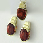 Garnet Earring and Pendant Set in 14k yellow gold