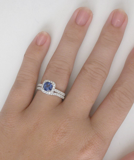 Cushion Ceylon Sapphire And Diamond Engagement Ring Gr 5983