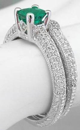 Features Of Emerald Engagement Rings