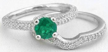 Emerald Diamond Engagement Ring Set in 14k white gold
