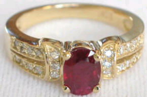1.28 ctw Burmese Ruby & Diamond ring in 14k yellow gold