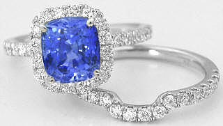 Cushion Blue Sapphire Engagment Ring with Diamond Halo